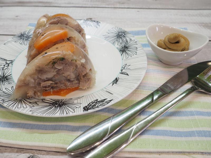 Холодец из свиных ножек и рульки — классический рецепт